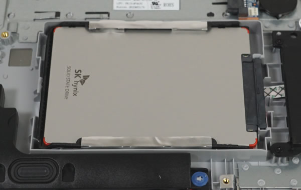 lenovo ideapad 520 分解 SSD 2.5インチ
