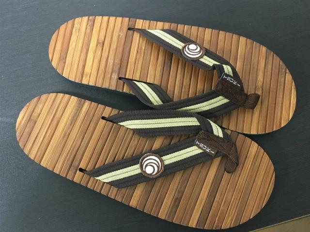 ビーチサンダル 送料無料「竹」で作られたビーチサンダル ツキ・サンダル(Tsuki Sandals) ユニセックス【あす楽対応】