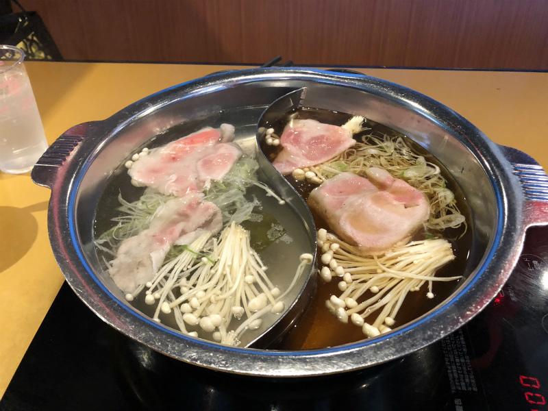春日井市のしゃぶしゃぶ太郎で平日豚しゃぶランチ 1080円(税抜)を食べてきた。