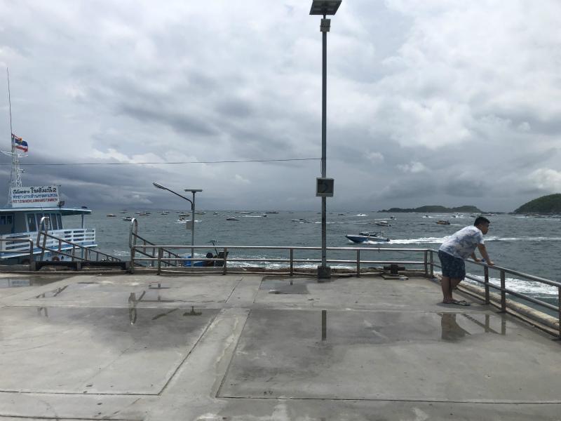 タワエンビーチに到着