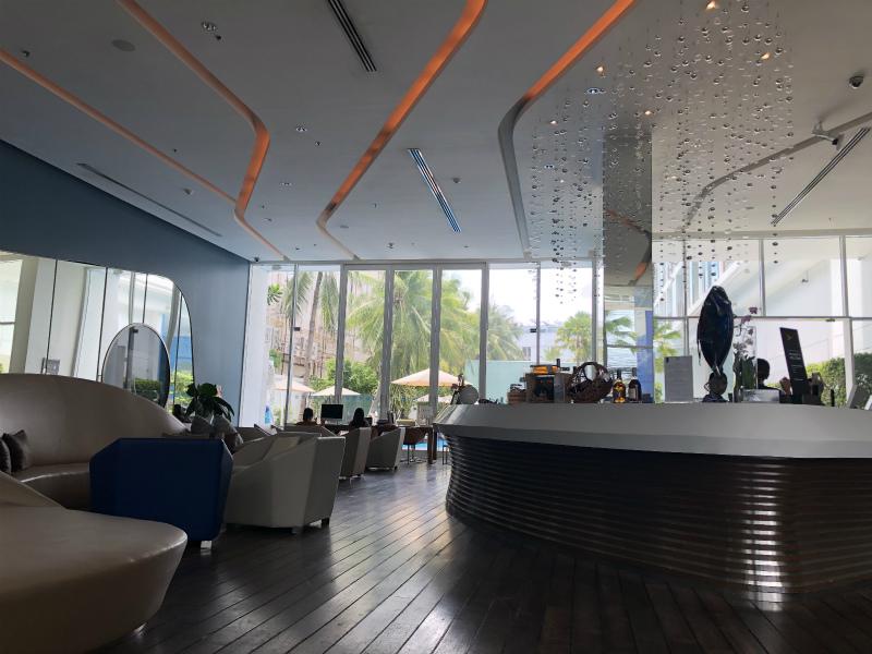 パタヤからバンコクへの移動とバンコクのホテル クラウンプラザ バンコク ルンピニ パーク (Crowne Plaza Bangkok Lumpini Park)の紹介