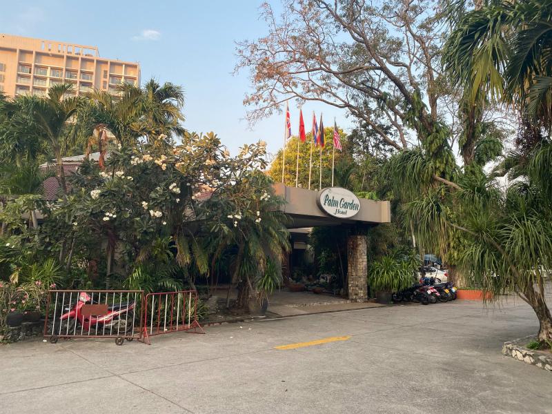 パタヤでの最初のホテル 格安ホテル パーム ガーデン ホテル (Palm Garden Hotel)のレビュー