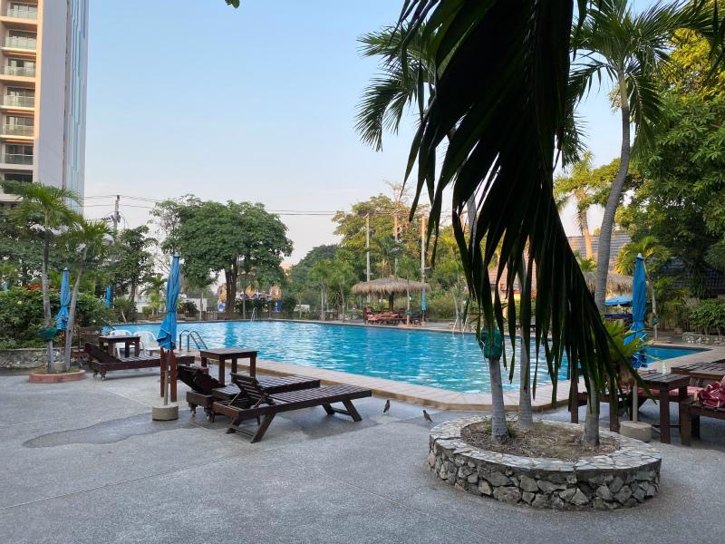 パーム ガーデン ホテル (Palm Garden Hotel)のプール