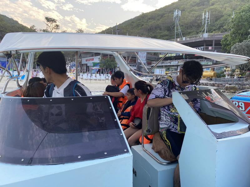 タワエン埠頭からスピードボートでパタヤに戻る