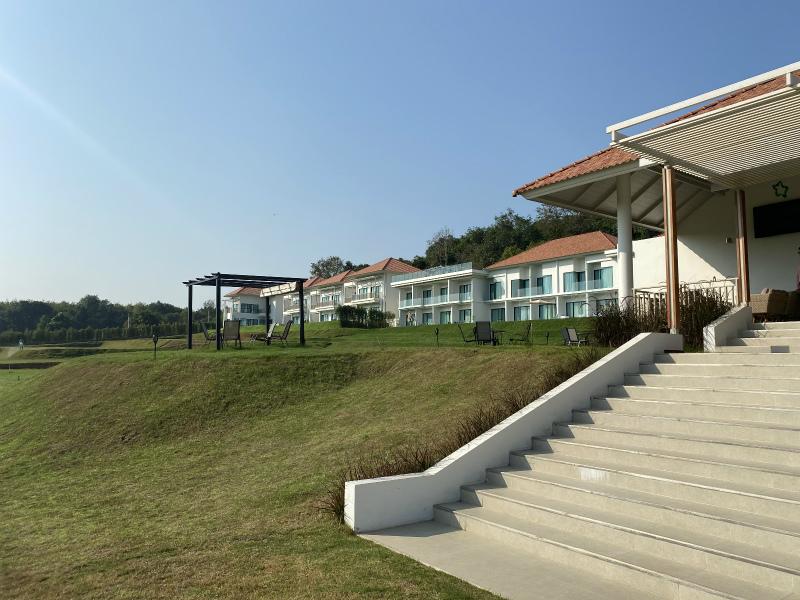 パタヤ3件目のホテル ビバ モンタネ (Viva Montane)は、多分ラーマヤナ ウォーター パークから一番近いホテル